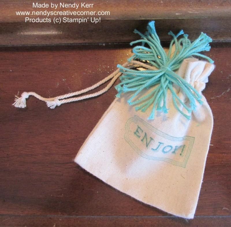 Mini Muslin Bag with Thick Baker's Twine Pom Pom